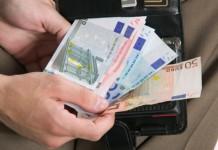 Soldi portafoglio debiti fiscali microcredito