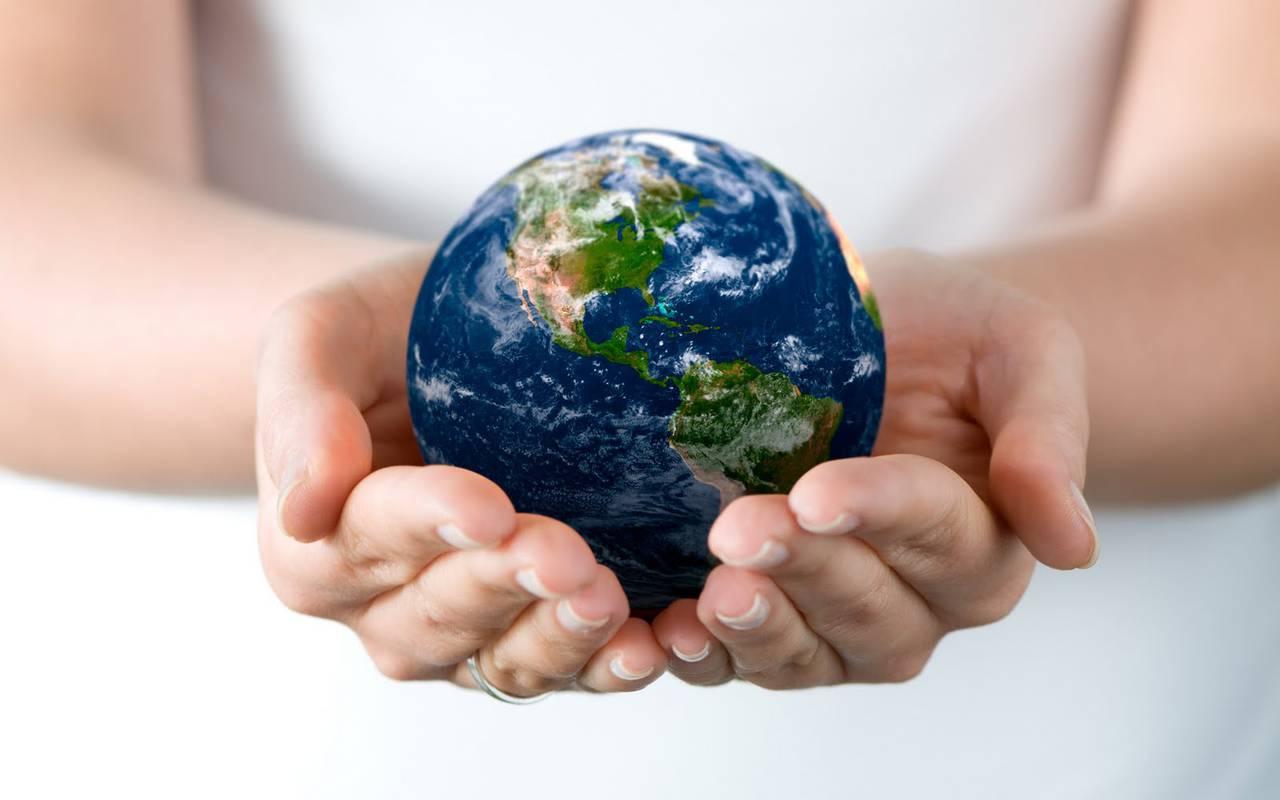 mondo sostenibilità mani estero startup