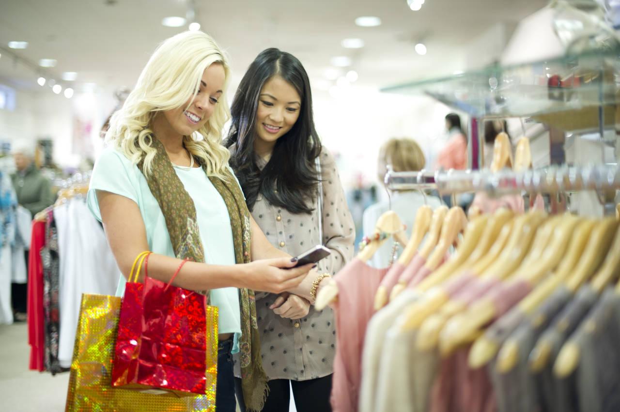 shopping-mobile-retail