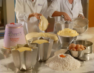 Making_Pandoro_at_the_Laboratorio_Bauli