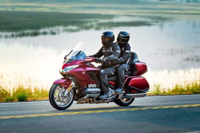 Honda Gold Wing GL1800_TourL1800_Gold_Wing_Tour