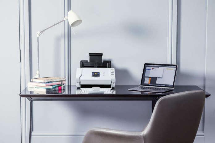 ADS-2700W desktop scanner
