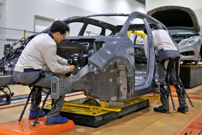 Hyundai Motor Group robot industriali indossabili