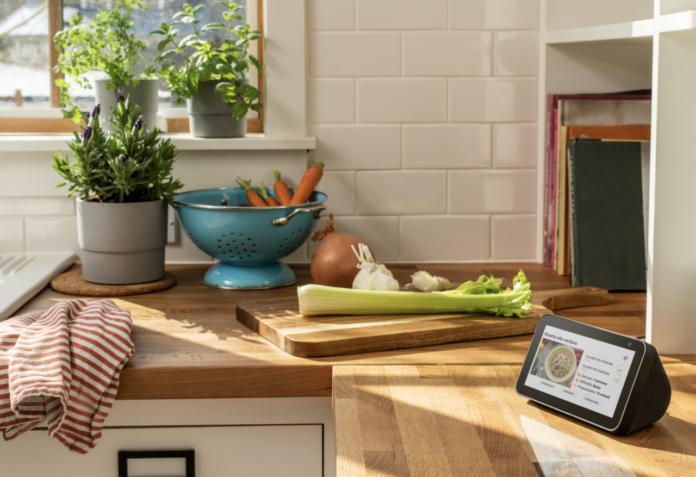 Amazon Echo Show 5 cucina