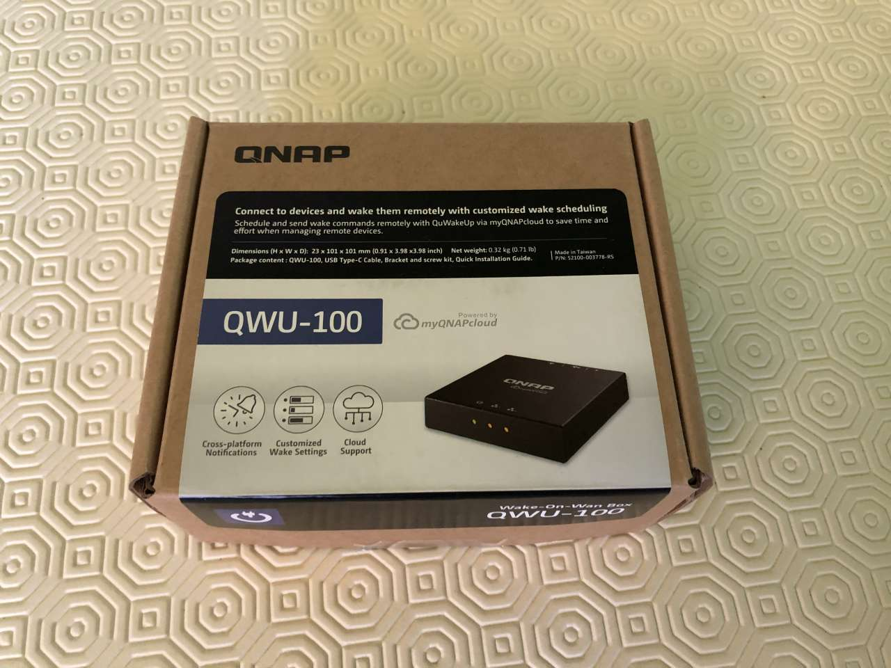 QNAP QWU-100 - Scatola
