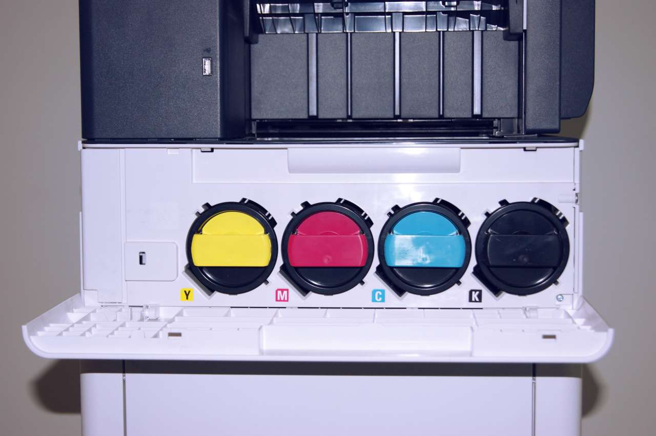 Xerox Versalink c605 - Vista Frontale - vano toner