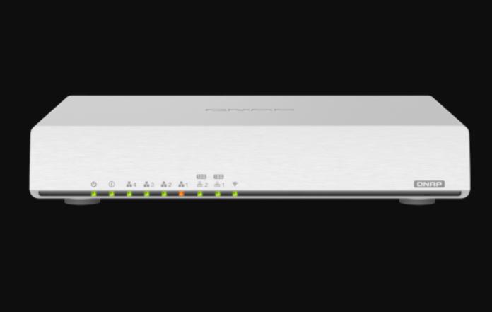 Router QNAP QHora-301W